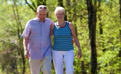 seniors en vacances dans l herault